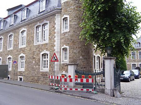 geb-kutsch-bauen-in-historischem-bestand-innenhof-10