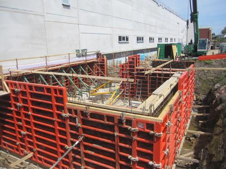 Neubau einer Produktionshalle mit Maschinenkeller