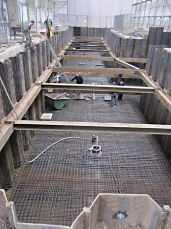 Bau einer Fertigungshalle